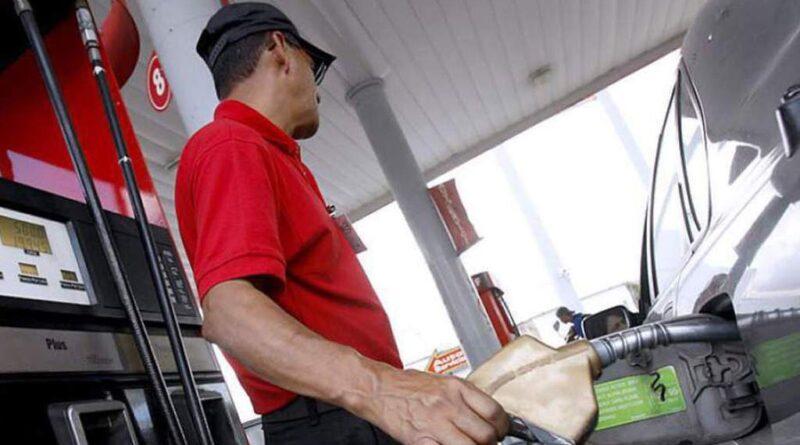 Combustibles suben entre 1.40 y 3.50 pesos y el precio del GLP fue congelado
