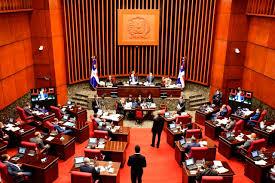 Comisión Permanente de Turismo del Senado de la República escucha opinión de representantes de marinas privadas, navieros y hoteleros sobre el Proyecto de Ley que regula el turismo náutico de recreo