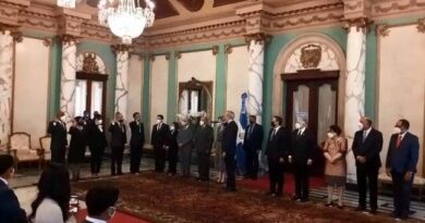 Consejo Nacional de la Magistratura juramenta nuevos jueves del Tribunal Constitucional