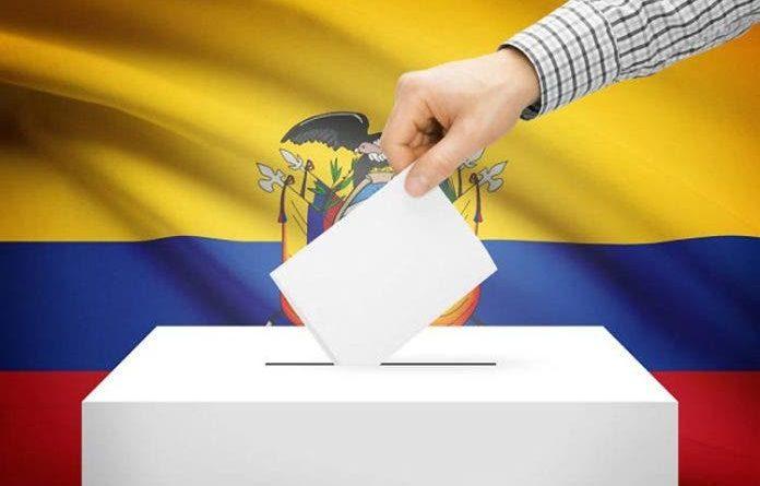Elecciones en Ecuador   Lasso tiene 53,56% y Arauz 46,44% con un 30,07% escrutado