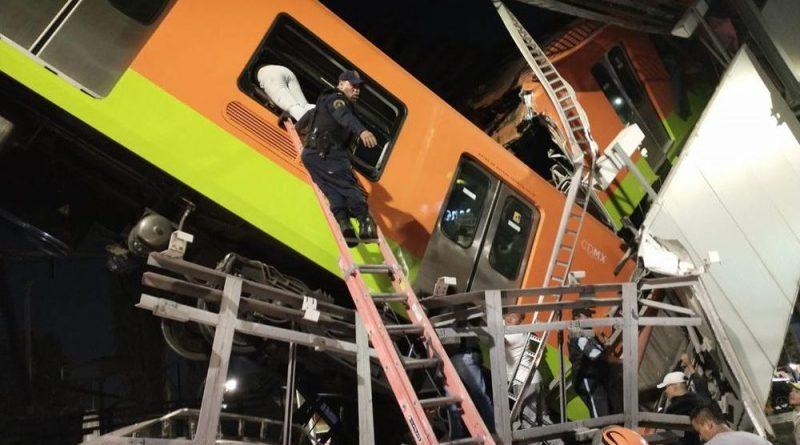 Al menos 23 personas murieron y 70 resultaron heridas ayer al caer un tren del metro de Ciudad de México
