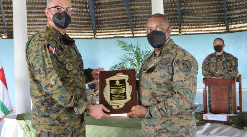 """Graduación del Curso de Operaciones Fronterizas Terrestres """"MACHETEROS""""."""