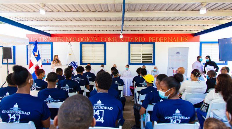 Programa Oportunidad 14-24 garantiza esperanza de empleos para jóvenes de la zona Sur del país